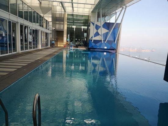 深圳无边泳池酒店1
